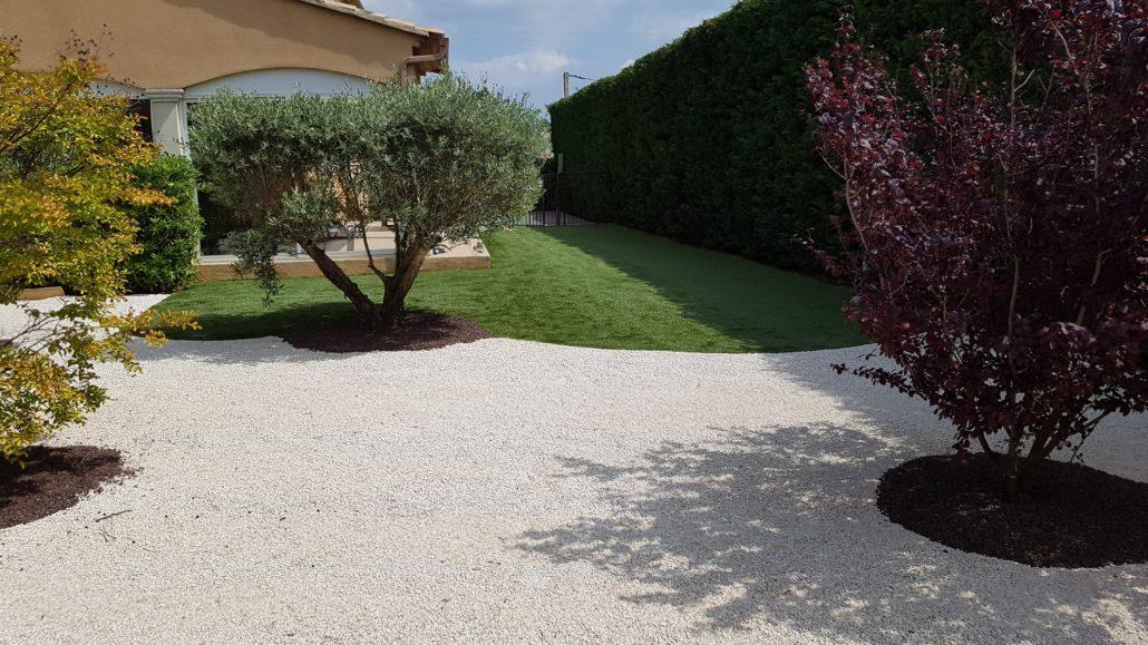 brossage pelouse